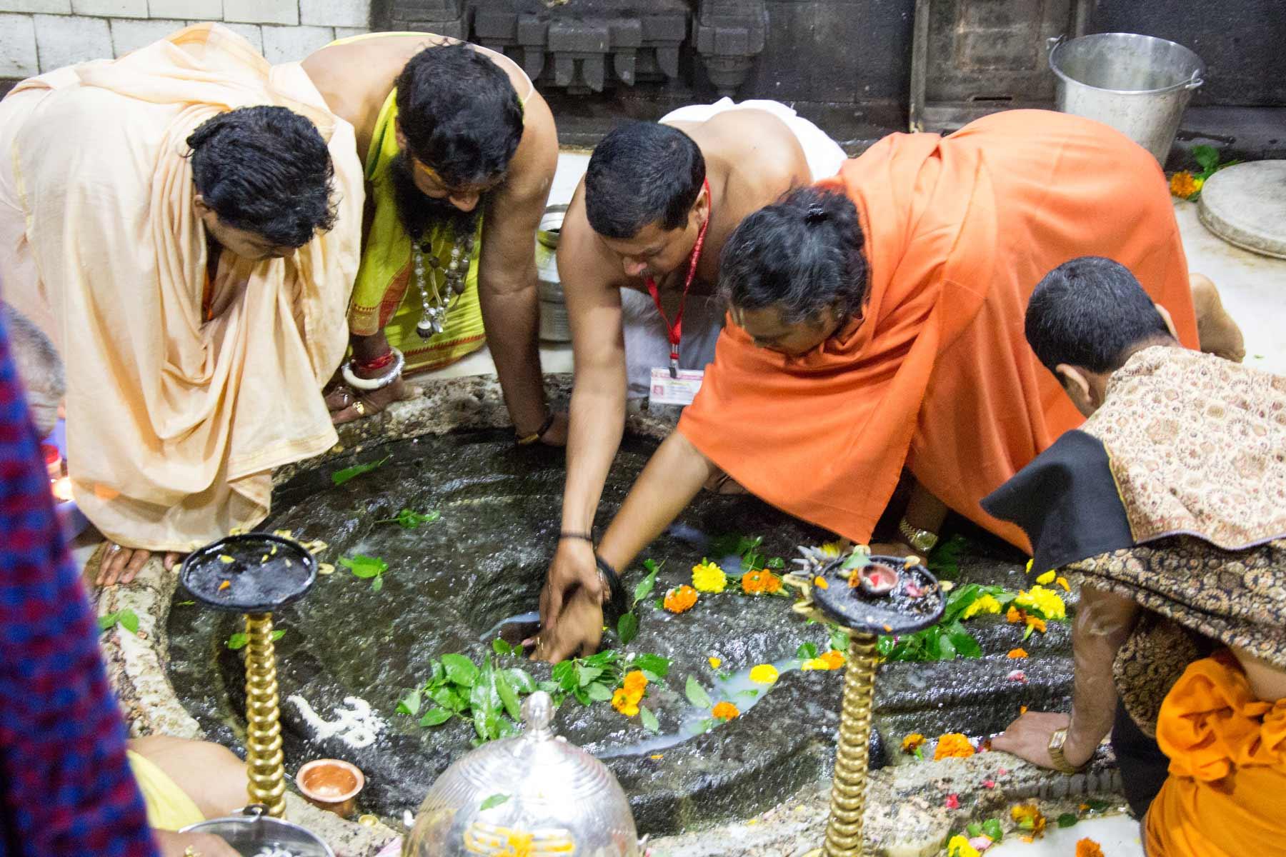 paramahamsa-vishwananda-during-kumbh-mela-3